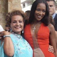 Carmen Sevilla y Naomi Campbell